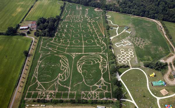 A view of the maze with first Doctor William Hartnell and current incumbent Matt Smith