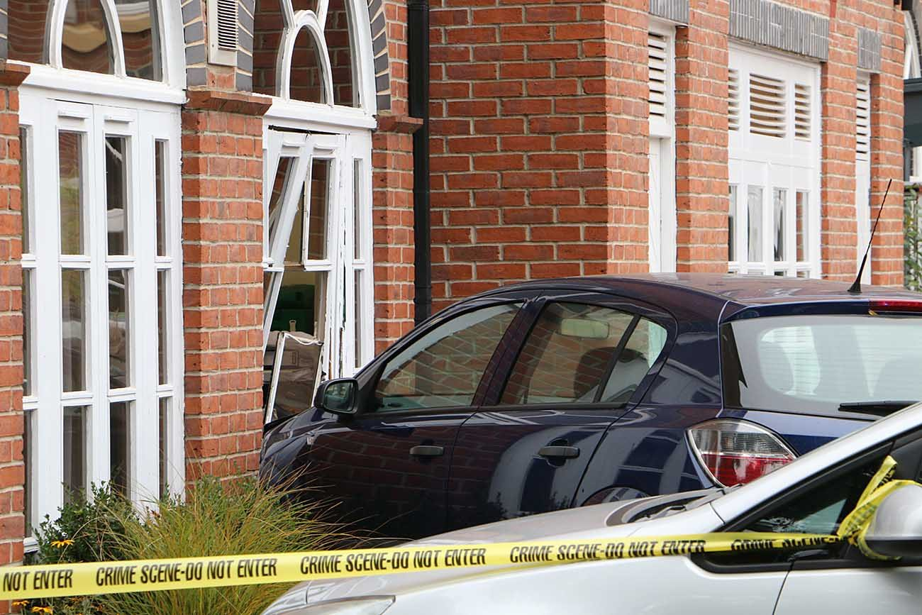 Car Crashes Into York Hotel Pictures Yorkmix